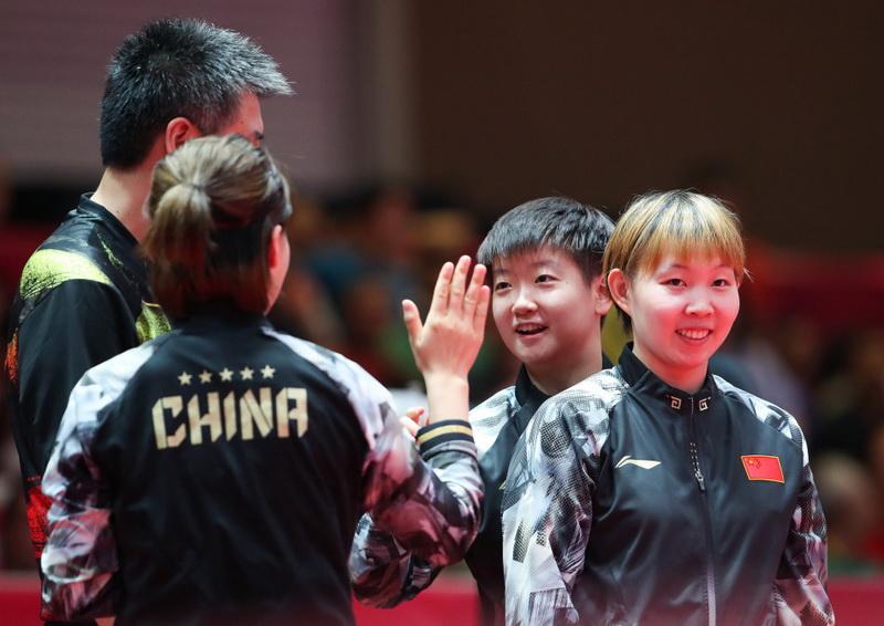 中国队选手在赛后庆祝
